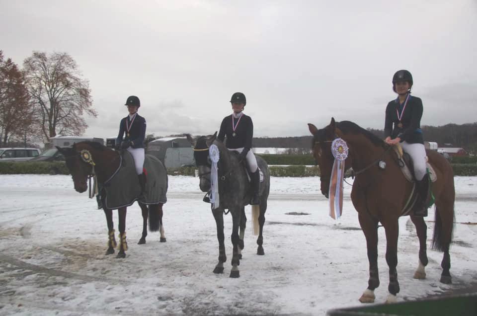 Flotte ryttere, Emma, Lena og Pernille